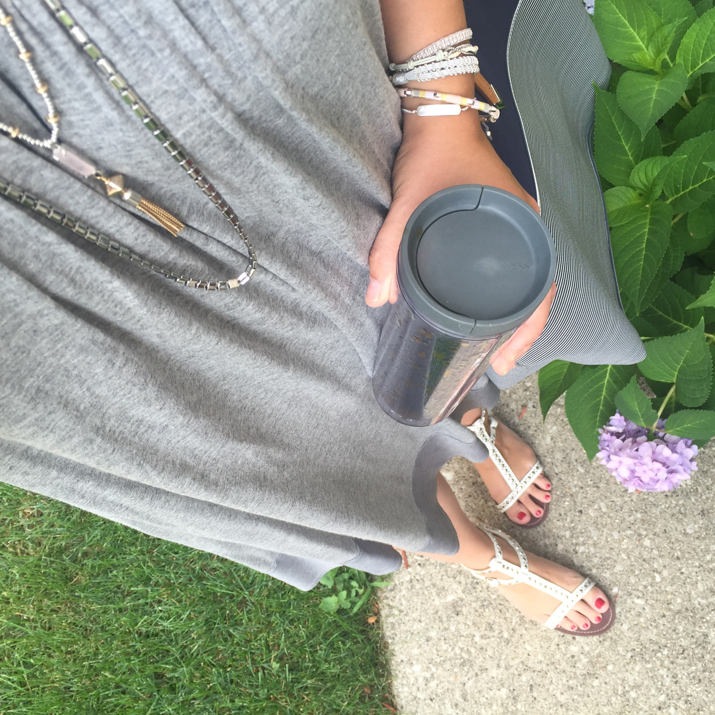 joe fresh swing dress, steve madden studded sandals, stella and dot jewelry, necklace, bracelet, coffee, starbucks, thrift, thrifted, thrift find