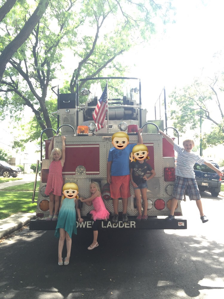 chicago blogger, chicago block party, mommy blog, mom guilt, fire truck